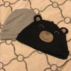 Set of two infant hats